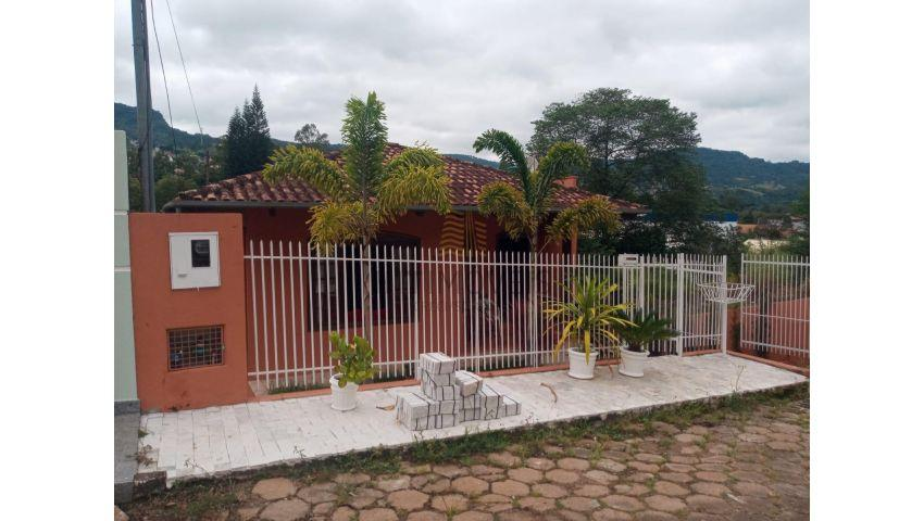 CASA COM LAJE - BAIRRO SUMARÉ - RIO DO SUL/SC