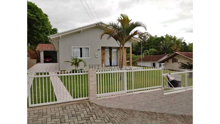 Casa bairro Gruta, Ituporanga