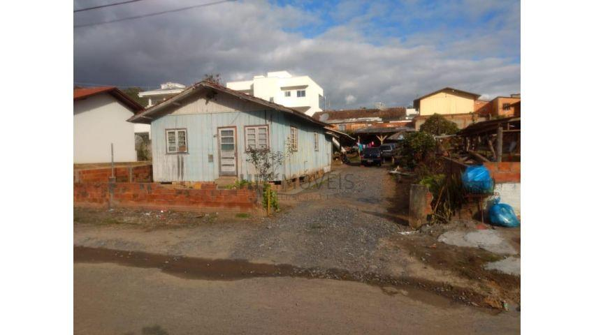 Casa - Jardim América, Ituporanga.